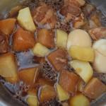 大根とメークインと豚ばら肉の煮込み