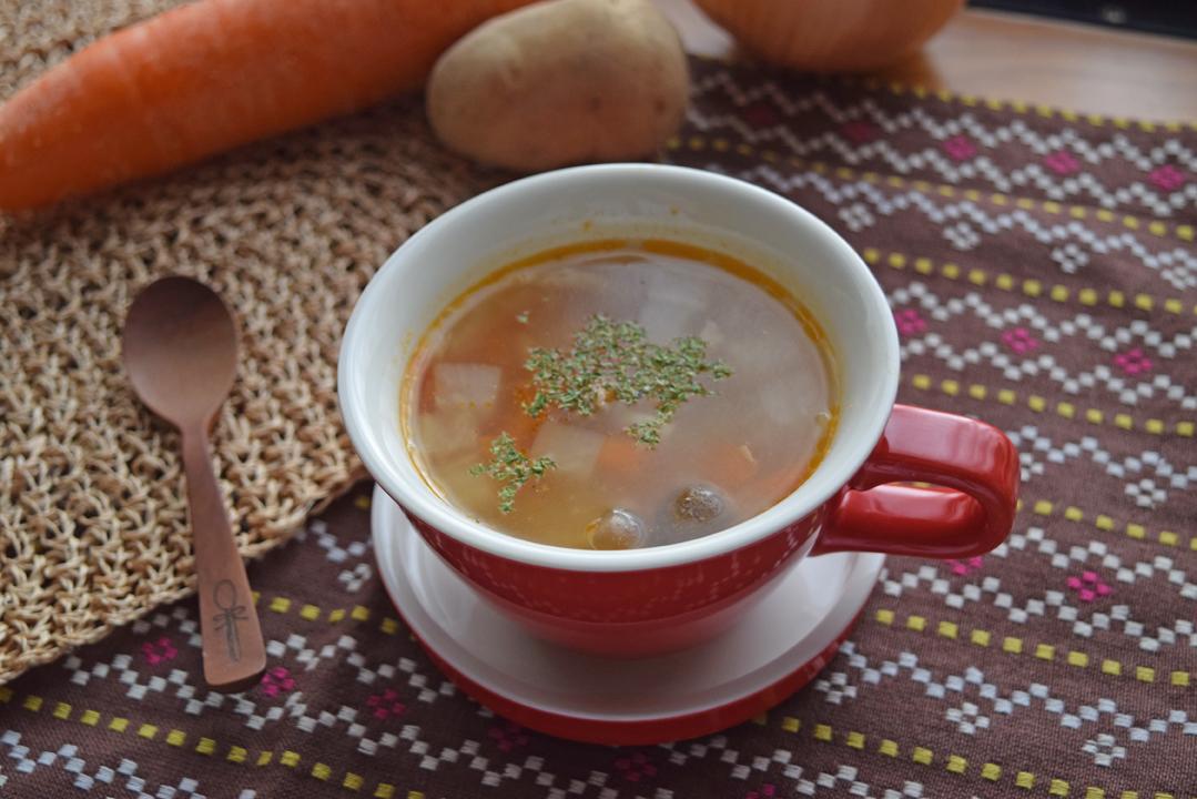 根菜トマトスープ